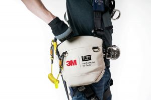 3M DBI-SALA® 1500130 - Utility Pouch with Zipperimage